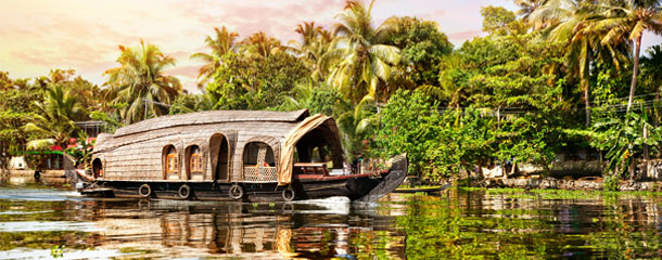 Kerala-and-Kashmir-Top-Destinations-for-Houseboat-Holidays-in-India