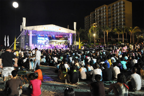 Hua Hin Jazz Festival by Greg Walters/ CC BY