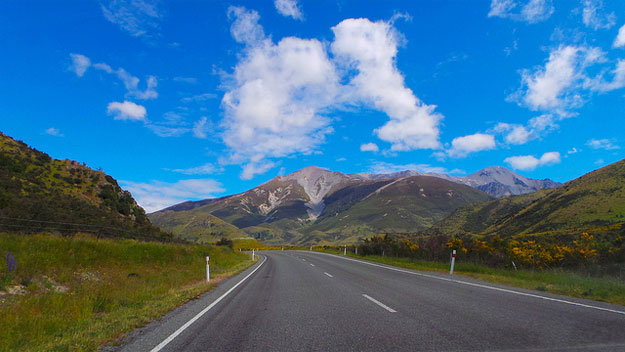 Arthur's Pass by Sally / CC BY