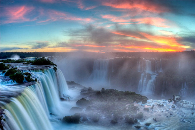 Iguazu Falls by SF Brit/ CC BY
