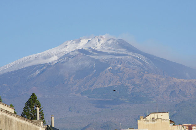 Mount Etna by SNappa2006/ CC BY