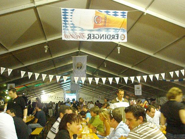 Oktoberfest Brisbane by luvjnx/ CC BY