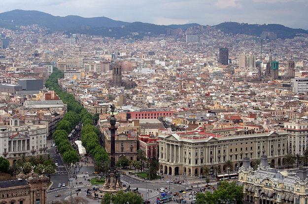 Barcelona by Bert Kaufmann/ CC BY