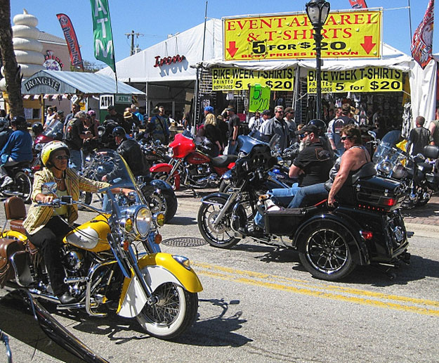 Daytona Bike Week  by Steve Pike/ CC     BY