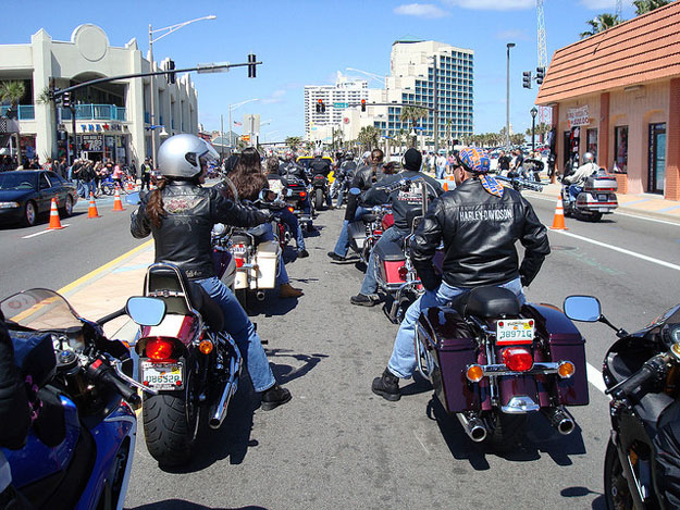 Daytona Bike Week  by Don Richards/ CC     BY