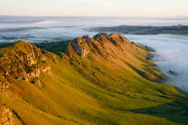 Hawke's Bay by itravelNZ®/ CC BY