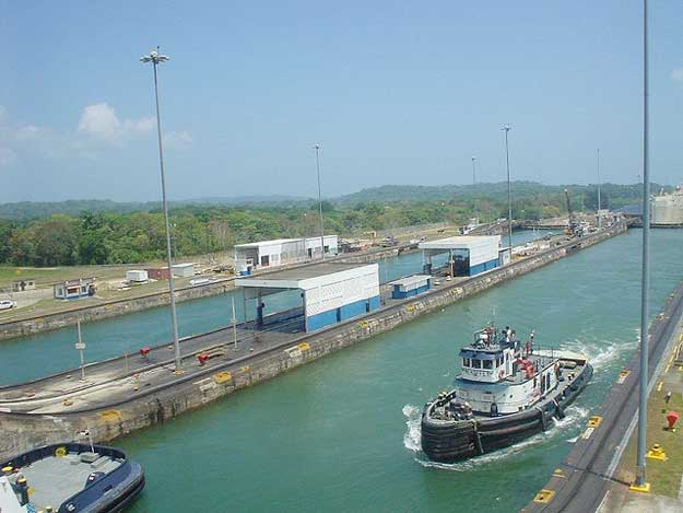 Panama Canal by Lyn Gateley/ CC BY