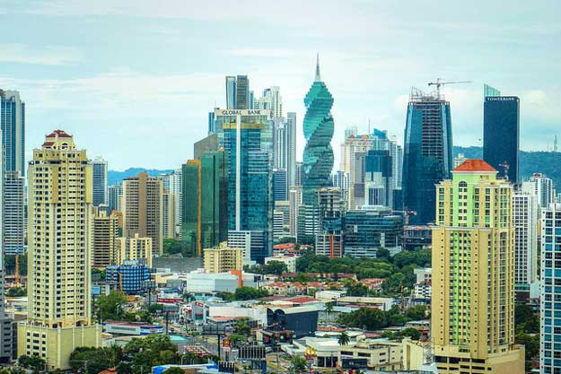 Panama City by Matthew Straubmuller/ CC BY