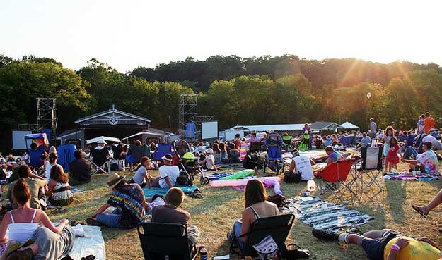 Philadelphia Folk Festival by Brian Schwenk/ CC BY