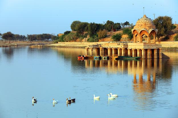 Gadi-Sagar-Lake