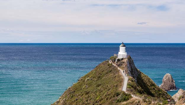 Nugget Point  by Russellstreet CC BY