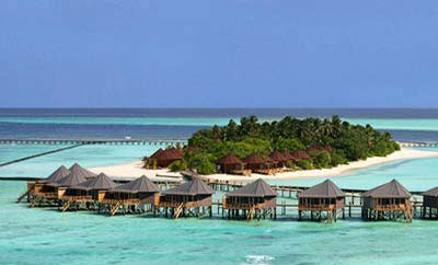 komandhoo-island-resort-01